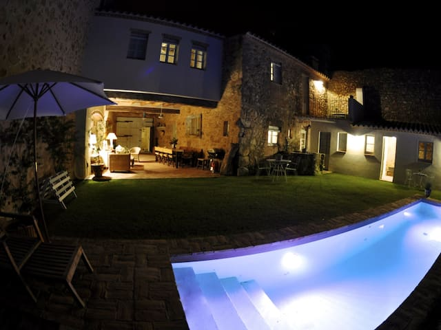 CAN BUFAS, beautiful house , with private pool