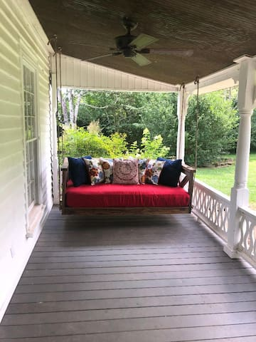 FRONT PORCH BED SWING