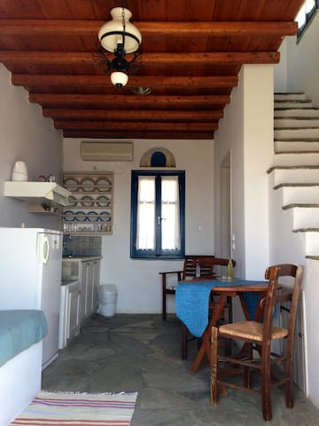 Island cottage/great sea view - Tinos