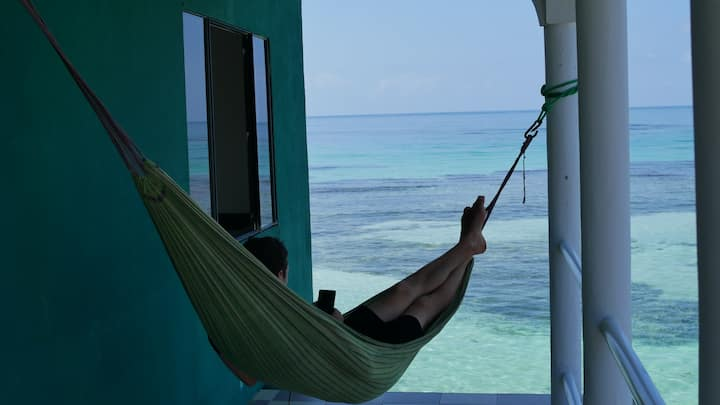 Private Room - Ocean View - AC - Mimundo Hostel
