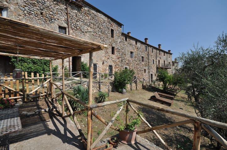 Castello Vittorio - Castello Vittorio 5 - Castello di Tocchi - Slott