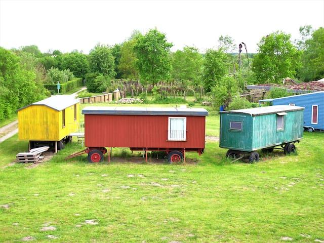 Wohnwagen - beim Wangeliner Garten