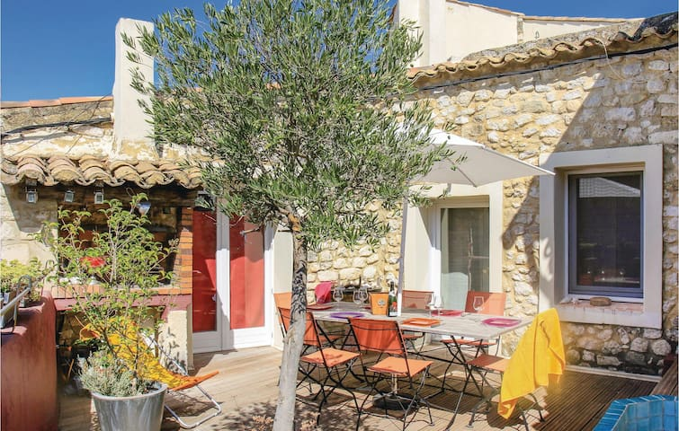 Semi-Detached with 4 bedrooms on 110m² in La Garde Adhémar