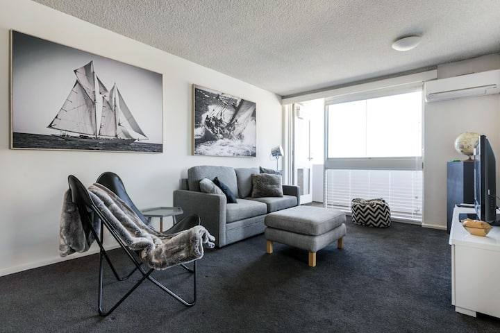 St Kilda Beachfront Apartment