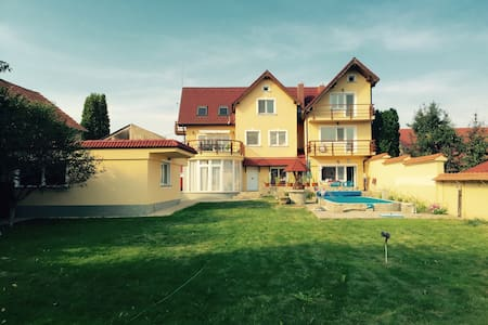 Apartment in Villa - Byt