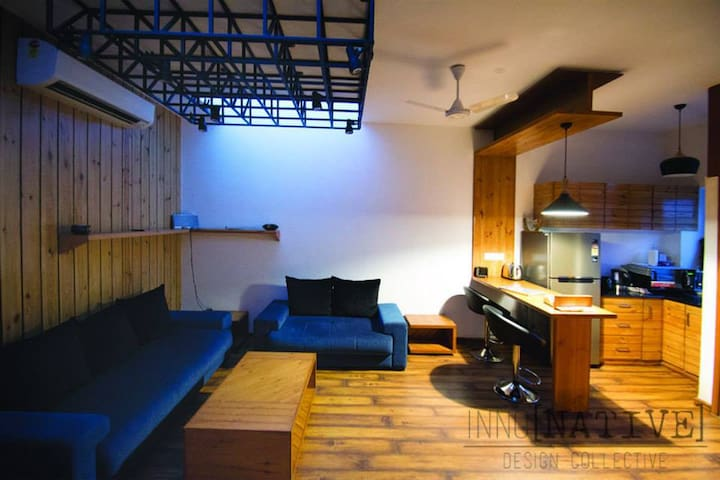 Unique Studio Apartment + Recording Studio - New Delhi - Appartement