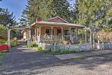 1BR Occidental Cottage Surrounded by Nature! - Occidental
