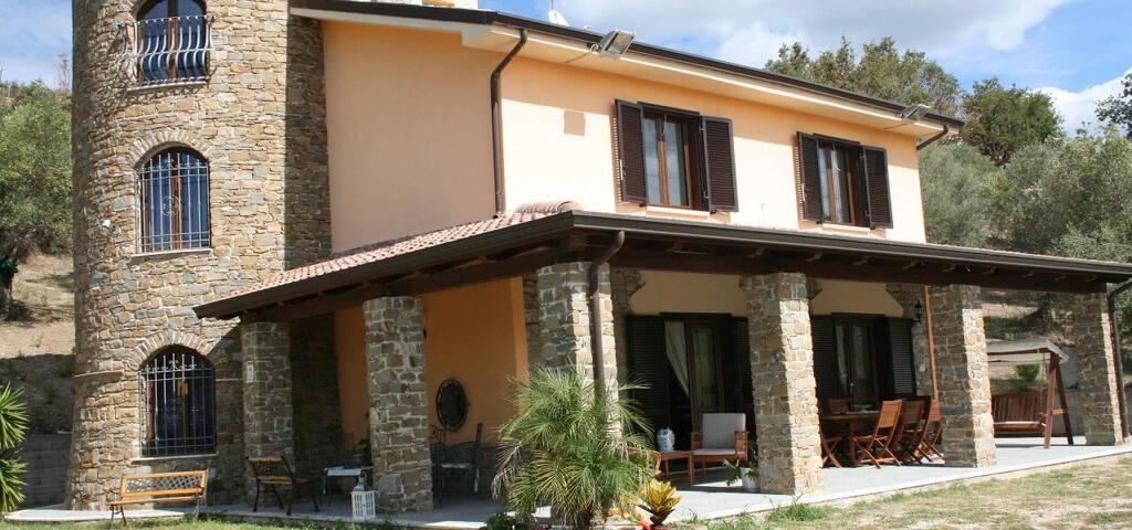 Villa Aquaro nel Cilento - アグロポリ - 別荘