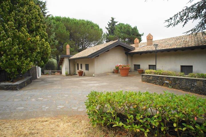 Etna Paradise 2 Casa Vacanze - Ragalna - Maison