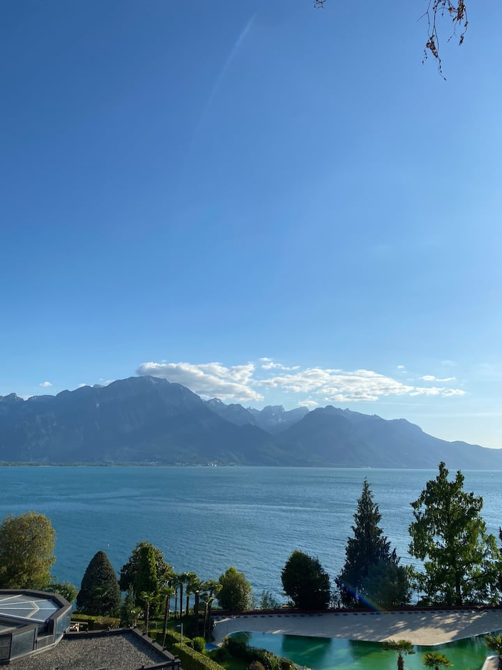 In the heart of Montreux an entire flat