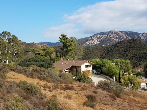 Quiet, private mountain retreat