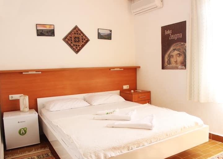 The room in the Zeybek2 Pension