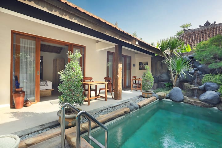 Batu Agung 3 Bed Rooms Serenity Private Pool Villa