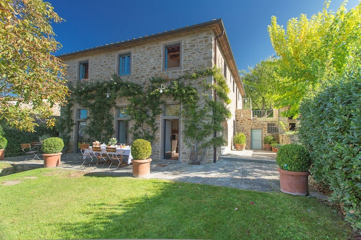 Il Roseto: your Villa in Tuscan Countryside