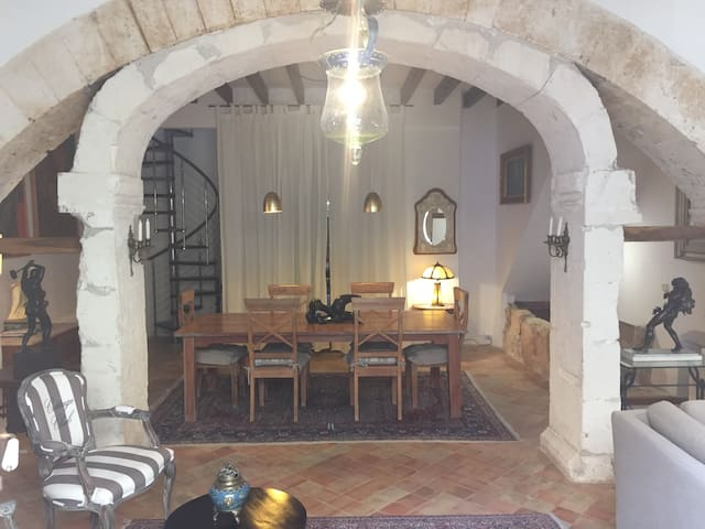 Hermosa casa de finales del siglo XVIII