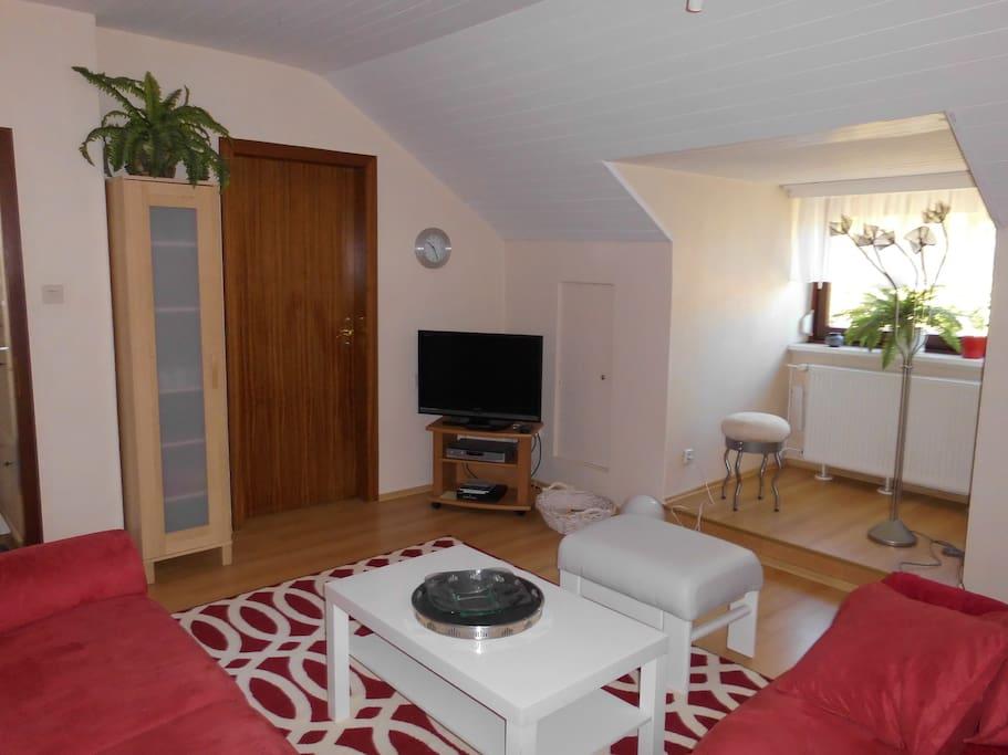 Gemütlich, helles Wohnzimmer / Livingroom
