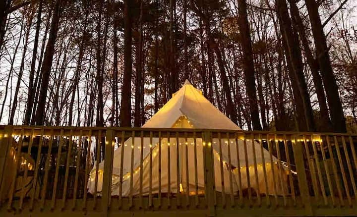La Bella Bell Tent at Tiny-Living Farm & Homestead