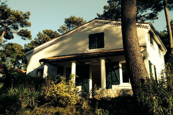 Grande Villa familiale proche de l'océan