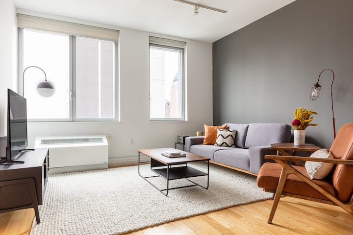 Roomy Hell's Kitchen 2BR w/ Pool, DM, nr. Central Park, by Blueground