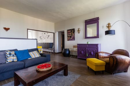 Grand appartement à Sartène - Vue exceptionelle !