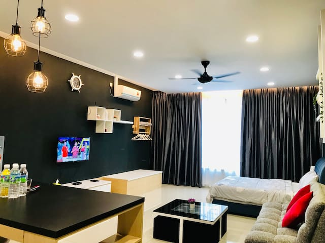 Austin Regency Studio, 5mins IKEA, AEON, Waterpark