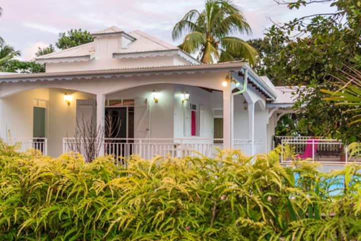 Villa mit 3 Schlafzimmern in Capesterre Belle Eau mit herrlichem Meerblick, möbliertem Garten und W-LAN - 10 km vom Strand entfernt