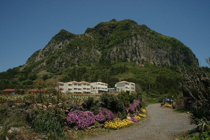 형제섬과 마라도가 한 눈에 보이는 오션룸1 (디오션힐 The Ocean Hill)