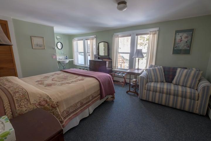 Room 2 at Neahtawanta Inn, Old Mission Peninsula