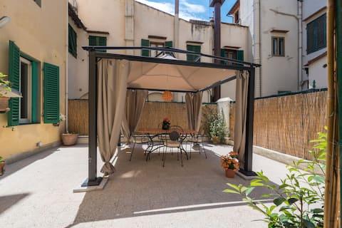 Santa Croce Terrace - Holiday Home