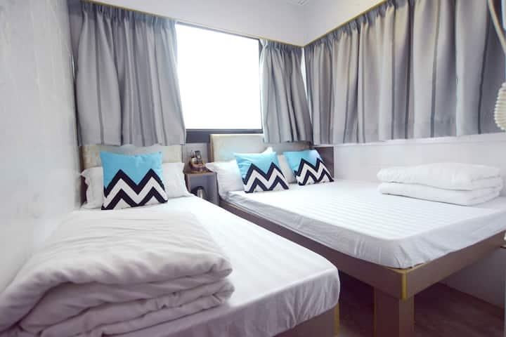 Comfy Triple room- 2 MIN to Mongkok MTR