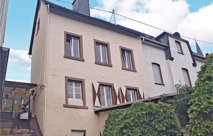 Holiday cottage with 3 bedrooms on 70m² in Zell-Merl