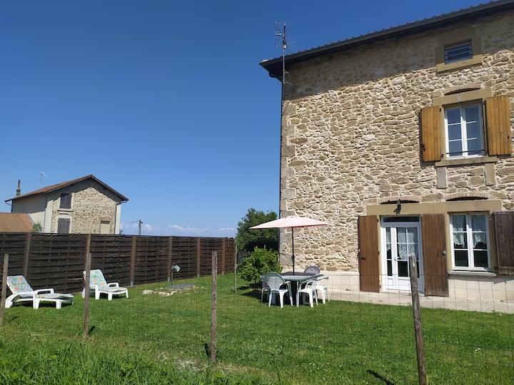 Vos vacances dans la Drôme au pied du Vercors ici!