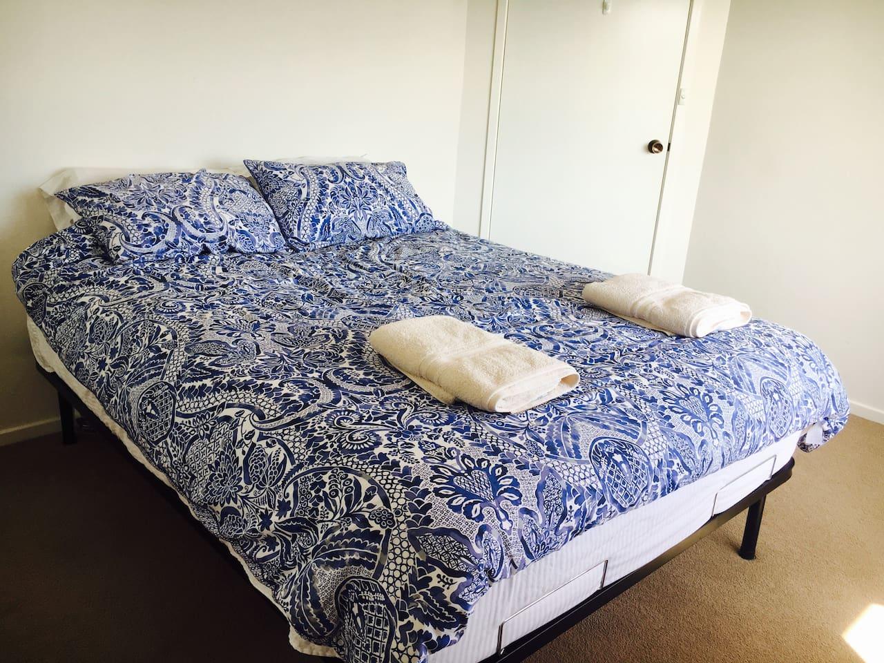 Deluxe queen bed! So comfortable!