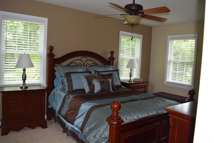 Private 2 bed in-law suite near Elon University