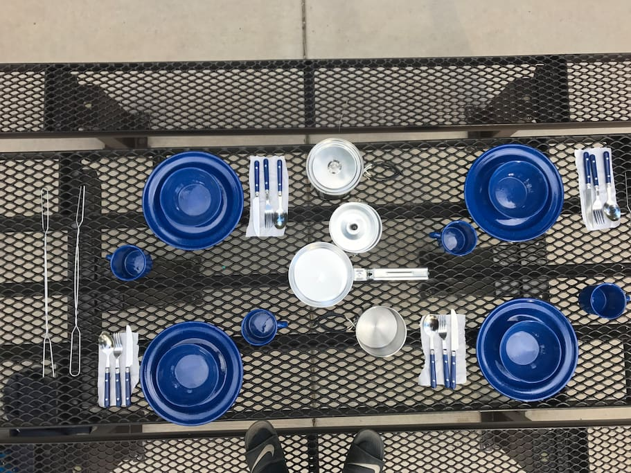 Dinner ware and cooking utensils