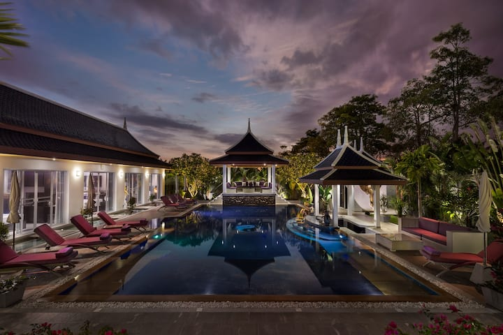 3 Luxury bedrooms in Blue Dream Villa Phuket