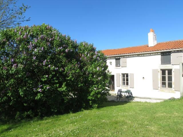 Gîte les Figuiers proche Marais poitevin et Vendée - Le Busseau - Rumah