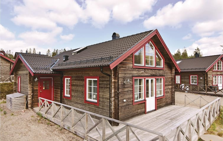 Holiday cottage with 3 bedrooms on 92m² in Sälen