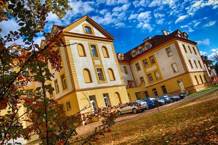 Apartmán pro 8 osob v centru Jindřichova Hradce