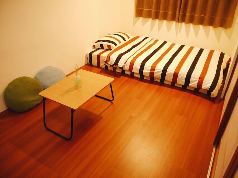 另提供單人床可加床 Extra bed for 2 guests