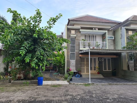 Entire 4BR Luxury Guest House • Bali