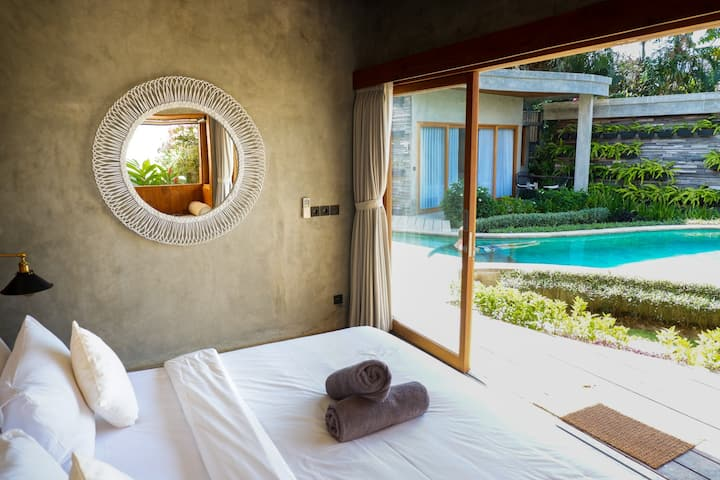Charming Eco-Friendly Room ~ 500m from the Beach