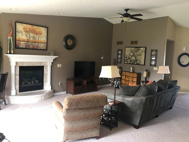 Quiet Wadsworth Condo Perfect for Business Travel