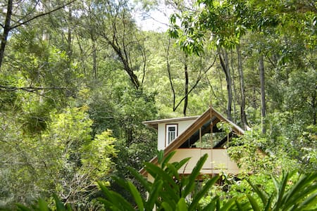 Glamping in 'The TreeHouse'. - Crabbes Creek