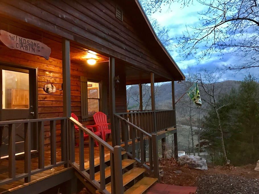 Windsong cabin hiawassee helen ga cabins for rent in for Www helen ga cabins com