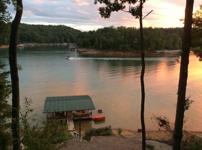 Lake House on Norris Lake - LaFollette - Hus