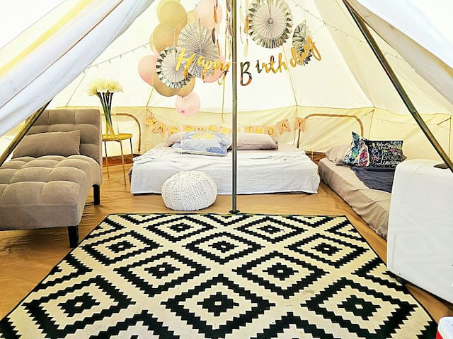 Lavish Big Bell Tent Glamping (Air Conditioned)