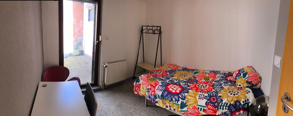 Belle chambre privée proche Kirchberg