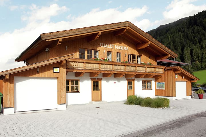Bright Chalet with Terrace in Saint Jakob in Haus Tyrol