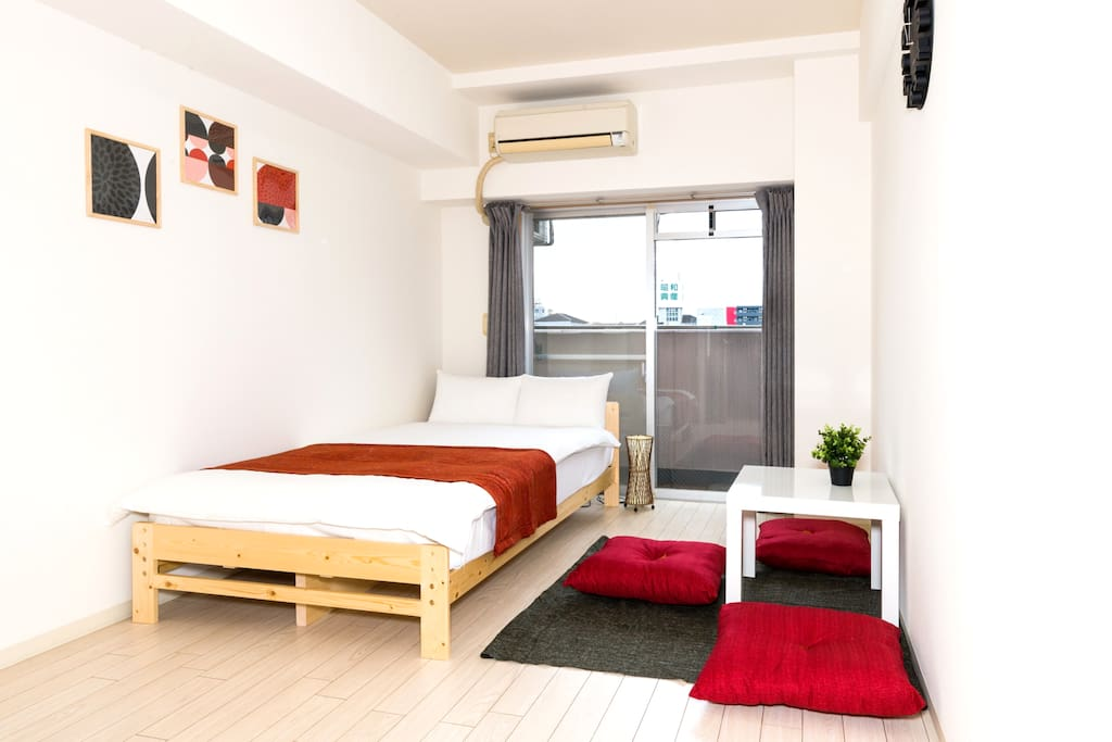 Bright and comfortable room with good view